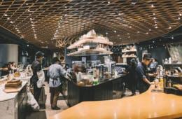 飲食店の接客・集客に役立つ行動経済学8選|合理的でない顧客の考えを読む