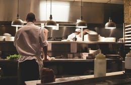 レストランができる口コミ集客方法は?メリット・デメリットや取り組み前に準備すべきことも紹介