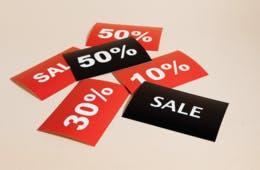 10%割引 vs 10%ポイント還元 どっちが得!? 知らないと損する仕組みと店舗の戦略