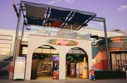 商業施設への飲食店出店、5つの集客効果とデメリット/全天候型・宣伝費用・かきいれ時などがメリットに